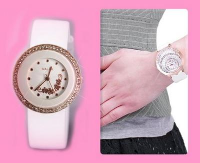 خرید پستی ساعت مچی زنانه دخترانه بند سفید WALAR اِسنو